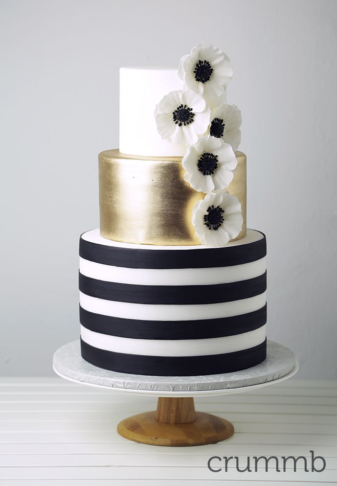A little sugar: Cakes - Ideal Weddings Singapore