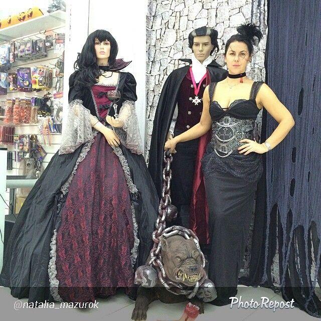 By @natalia_mazurok #мойкарнавал #mykarnaval #Halloween #хеллоуин #маскарад  #карнавальныекостюмы #костюмнахэллоуин #карнавал #праздник #декорации #аксессуары #маска #маски #грим #dark #scary #boo #halloweninspiration #хэллоуин