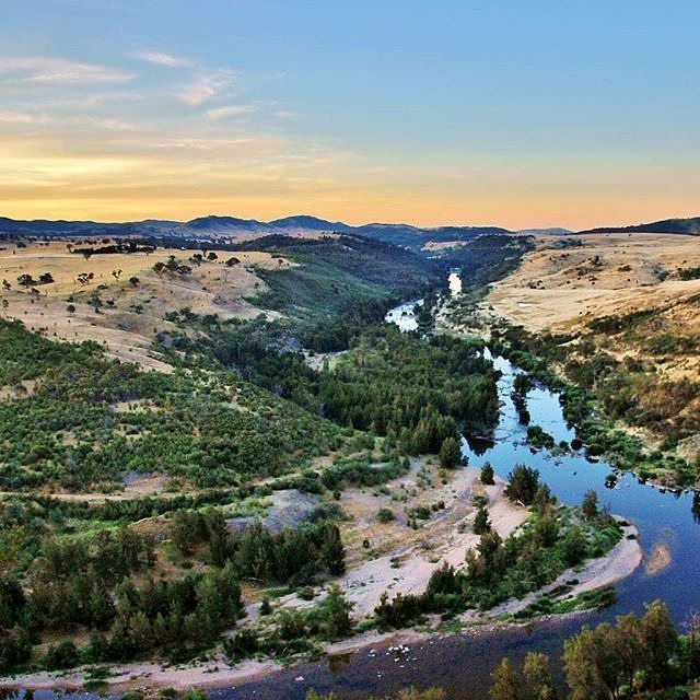 """""""What a view!"""" Instagrammer @rebeccah.m.s snapped this wonderful photo of the Murrumbidgee River at sunset from Shepherds Lookout. #visitcanberra #onegoodthingafteranother"""
