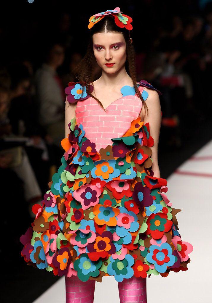 Платья из подручных материалов. фото