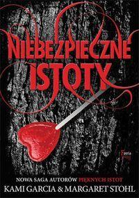 """""""Niebezpieczne Istoty"""" to historia drugoplanowych bohaterów z popularnej serii """"Piękne Istoty"""". Poznajemy historię Ridley – niegrzecznej dziewczyny, której nie można ufać oraz jej chłopaka Linka – muzyka rockowego.  http://www.dom-ksiazki.pl/literatura-dla-nastolatek/niebezpieczne-istoty"""