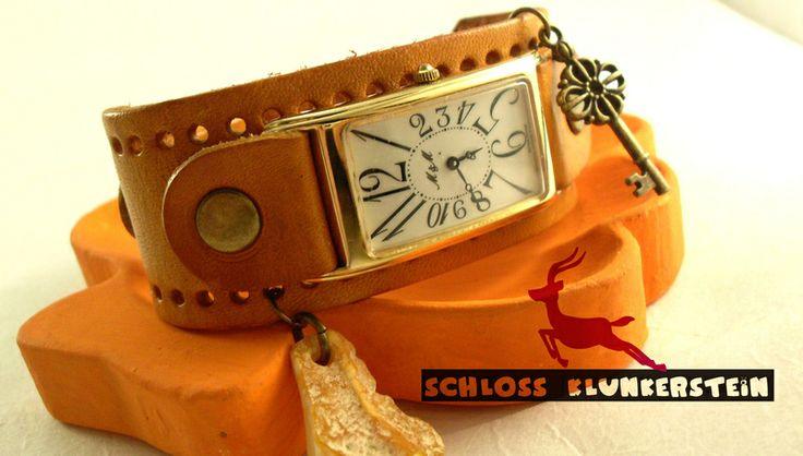 CARRÉE UNÍ -  Echt Leder Vintage Swiss Armbanduhr von ♥ Schloss Klunkerstein ♥ Geschenke, Uhren, handgefertigter Unikat Schmuck, romantische Medaillons & Kettenuhren, Naturschmuck, nostalgische, antike & vintage Einzelstücke und seltene Schätze auf DaWanda.com