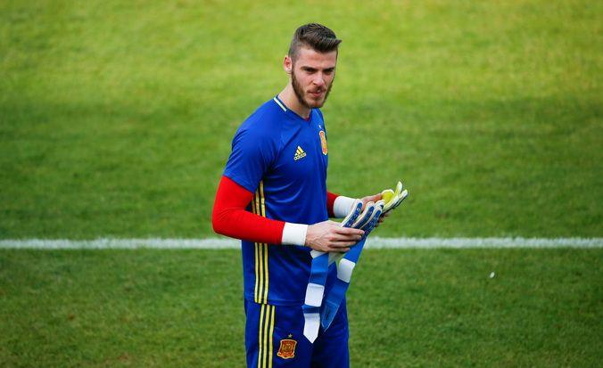 David de Gea Bantah Tuduhan Skandal Seksualnya  http://soccer.sindonews.com/pialaeropa/read/1115752/201/david-de-gea-bantah-tuduhan-skandal-seksualnya-1465581522  #EURO2016 #PialaEropa2016 #SINDOnewsEURO2016 #DaviddeGea #DeGea #Spain #Spanish #Spanyol