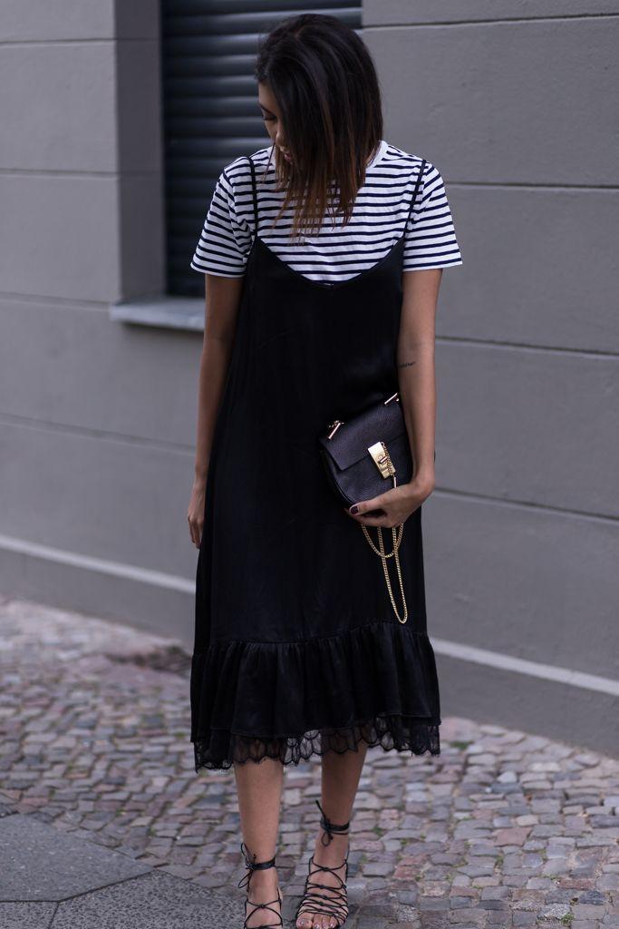Sommeroutfit – Zara Slip Dress, Streifenshirt undChloé Drew Mini