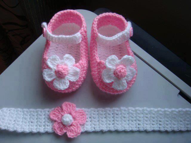Todo para Crear ... : Escarpines ,vestidos para bebe y mas ...