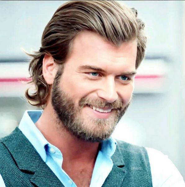 Hemsworth + Pine = PERFECTION <3