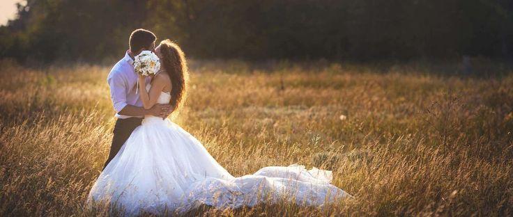 Essenze e accessori per un #matrimonio esclusivo. Per il vostro giorno speciale non dimenticate di scegliere le essenze e le candele giuste: fanno atmosfera e possono rendere magico e prezioso il vostro matrimonio http://www.ilsitodelledonne.it/?p=18314