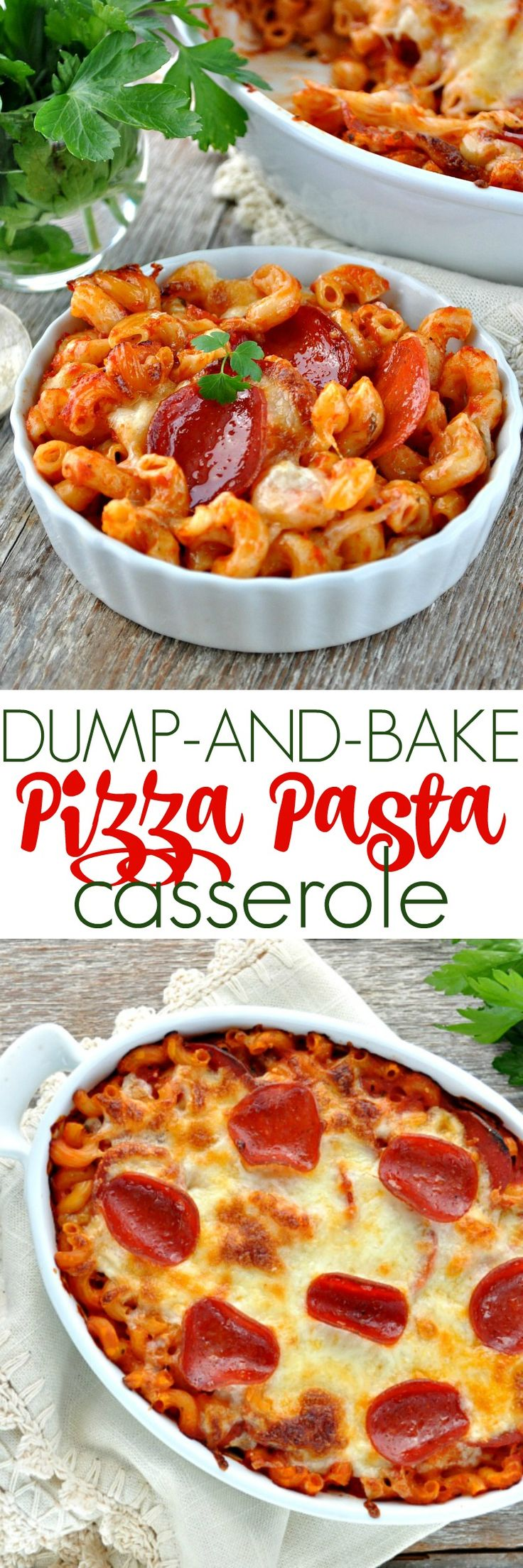 ***Dinner doesn't get any easier! No boiling the pasta and just 5 ingredients for this family-friendly comfort food: Dump and Bake Pizza Pasta Casserole! #ad