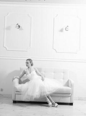 Model 1309Zapraszamy na przymiarki naszych sukienek w pracownii. Znajdziecie tu #tiulowe# #koronkowe# #muslinowe# i inne, zawsze #eleganckie# #suknie# #ślubne#