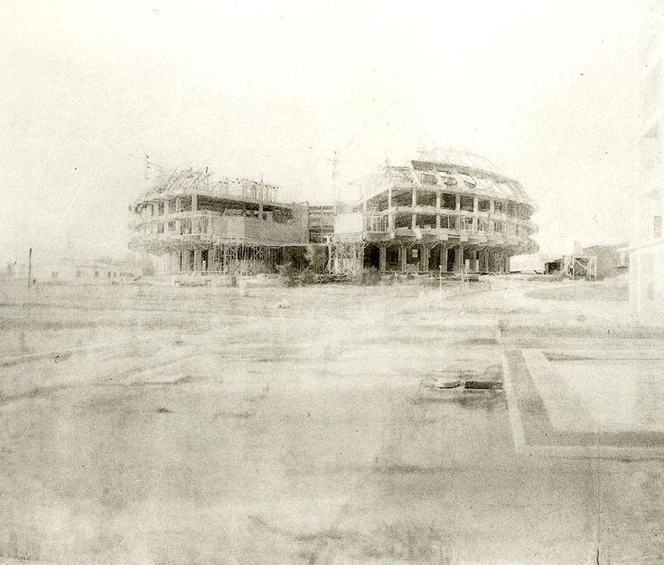 Autor: Antonio López García Nombre: Centro de restauración