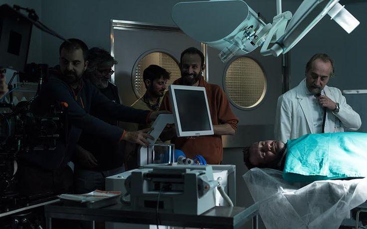 Bajo Sospecha (2nd season)- operating room-scene blocking-HERSILL Genesis anaesthesia machine