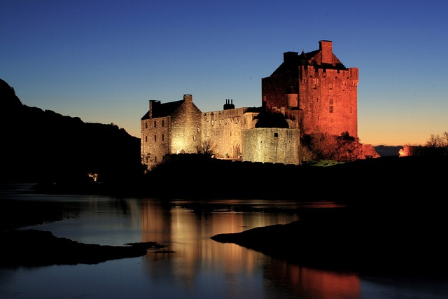 Eilan Donan Castle by krbnah, via Flickr