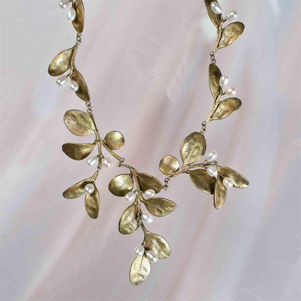 http://www.magicalomaha.com/michael-michaud-leaf-boxwood-necklace-large-600.jpg