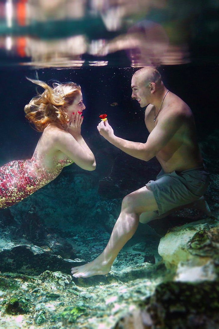 This Guy Made His Girlfriend's Mermaid Dreams Come True With an Underwater Proposal