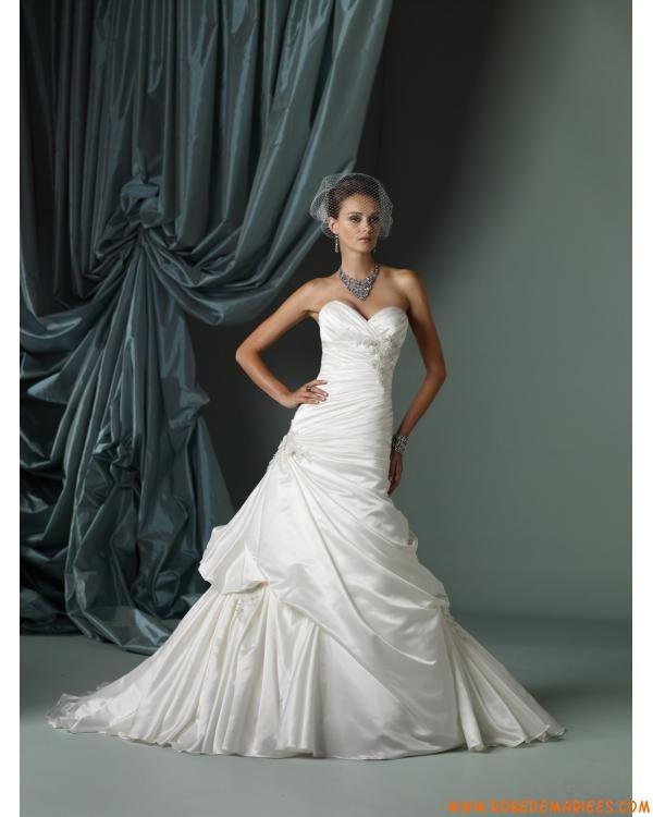 Robe de mariée princesse taffetas décolleté coeur