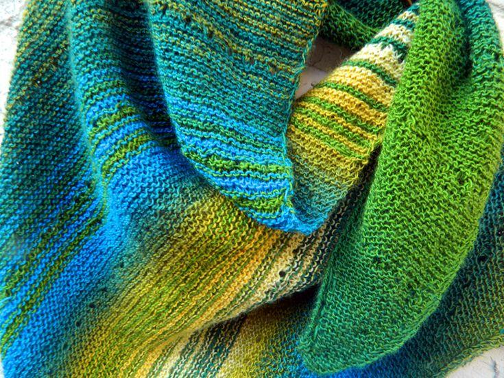 © Die Maschen zum Glück | Tuch Wem's gefällt aus dem Zauberball 100 von Schoppel Wolle