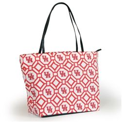 Stylishly show off your University of Houston team spirit as you toss your new tote over your shoulder and head to the game! Our design crew has pulled out all the bells and whistles on our new Shopper Tote with multiple interior pockets, hanging key hook, zipper closure and vegan leather handles. It's your new game day go to! And the best part... are you ready? The exterior is completely removable which allows you to easily throw it in the wash and easily allows the addition of a monogram.