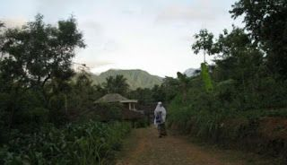 WARUNG BAHASA: Gampông lam Klèk-Klok