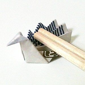 Origami peacock chopstick rest
