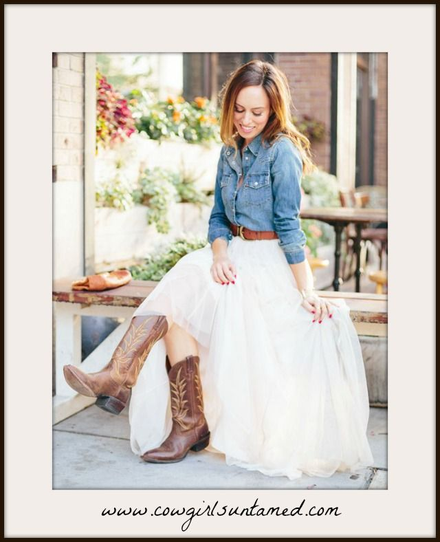 dd537e1c79 COWGIRL GLAM SKIRT Layered Tulle high Waist Midi Skirt 3 COLORS!!! #tulle  Skirt #midi #layered #white #grey #black #wedding #party #womens #clothing  ...