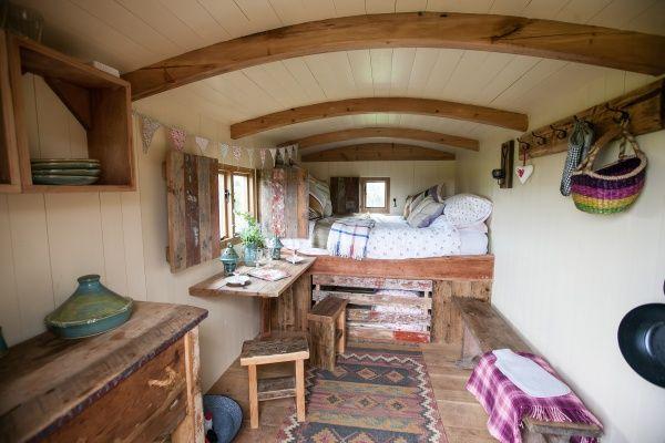 shepard hut interior | Shepherds Hut Interior