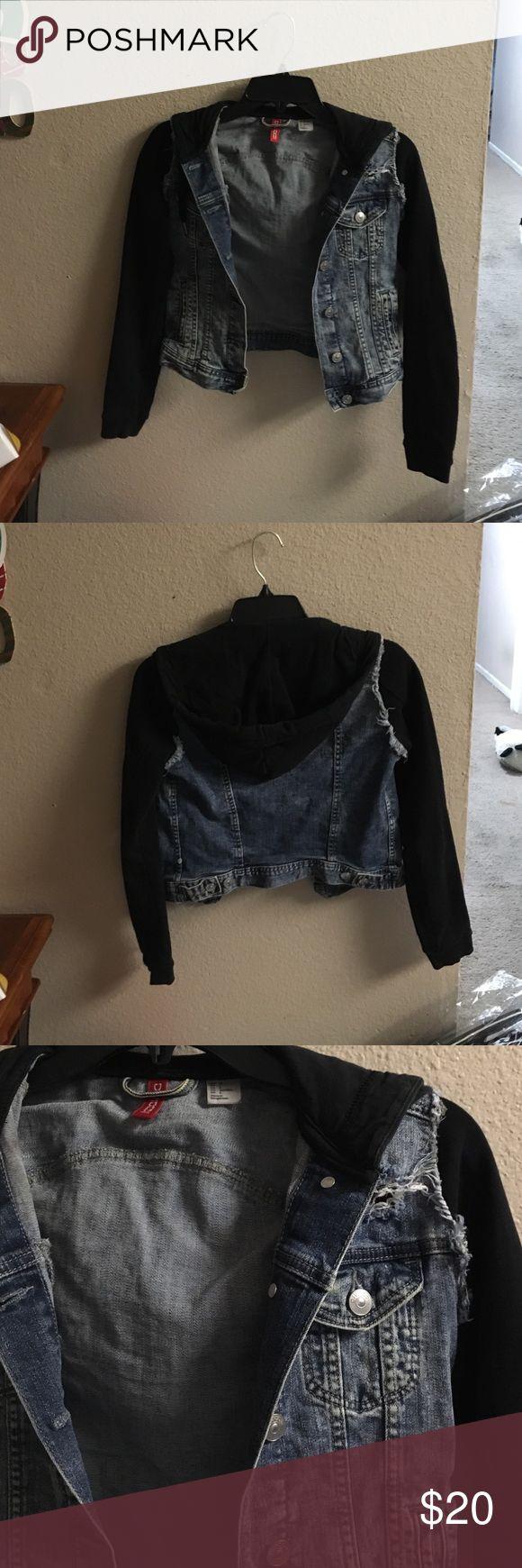 Jean jacket hoodie Jean jacket hoodie sweater jacket! H&M size 4 H&M Jackets & Coats Jean Jackets