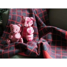 Plaid Knit Throw - Red