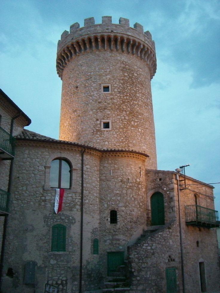 Colletorto - Torre Angioina. By Stefania Antonelli