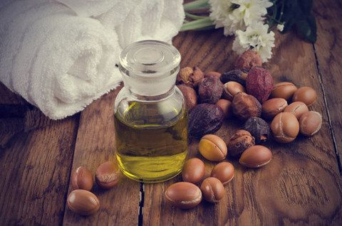 bain-huile-nourrir-hydrater-cheveux-secs