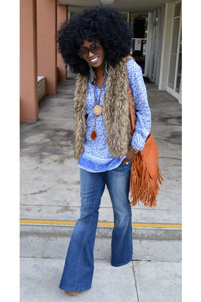 Google Image Result for http://images1.chictopia.com/photos/StylePantry/5057063276/blue-vintage-bell-bottom-jeans_400.jpg