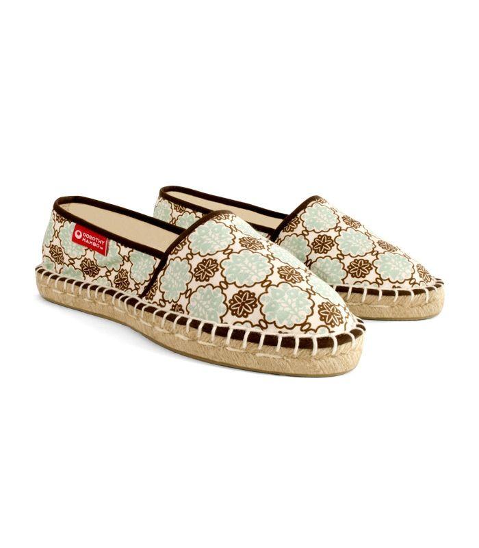Alpargatas camping para mujer, espadrilles de esparto hechas en España. Auténticas alpargatas, camping espadrilles para mujer con suela plana de esparto o yute natural de alta calidad. Exquisito diseño inspirado en los mosaicos de las villas del antiguo imperio romano de la isla mediterránea de Capri. #retro #retrovintage #urban #chic #boho #bohochic #estilo #urbanchic #urban #ibicenco #calzado #zapatos #footwear #alpargatas #espadrilles #mujer #woman #moda #fashion #love #cool
