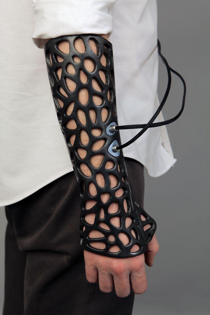 Cabestrell 3D d'alt rendiment. Osteoid Smart Brace. Deniz Karaşahin. (TUR), 2014 .