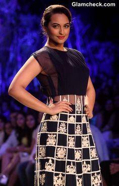Sonakshi Sinha at LFW Summer-Resort 2014