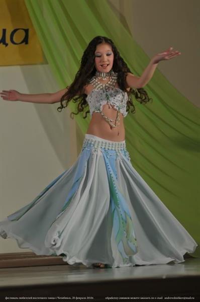 Детские танцевальные костюмы для восточных танцев