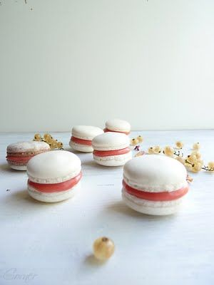 Macarons with Red Currant Curd