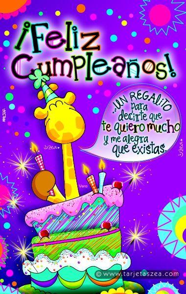 Feliz cumpleaños con alegría-Jirafa Vera sonriendo con pastel de cumpleaños © ZEA www.tarjetaszea.com
