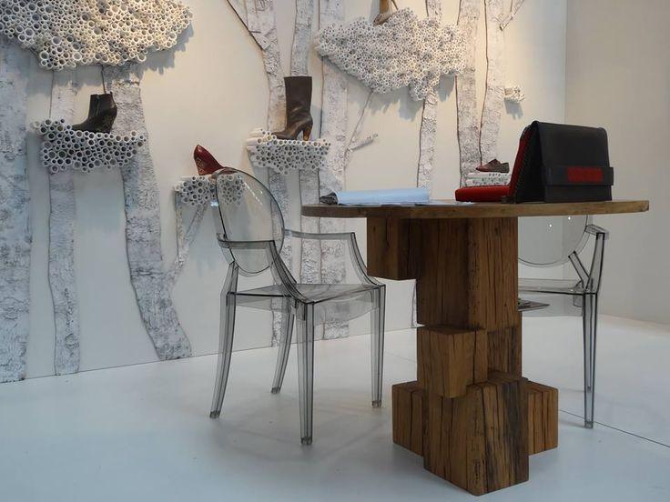 Iutta @ GDS 2015. #iutta #concept #setup #gdsshoefair #design #brancusi #eminescu #nature #fashion #craftmanship #endlesscolumn #fusion #shoes #accesories #dusseldorf