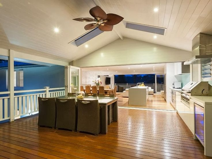 Desire Empire: Beautiful Beach House in Avalon
