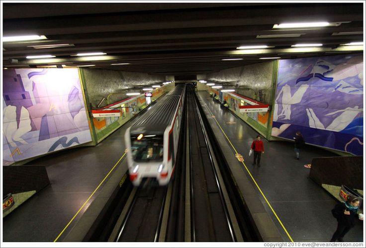 santiago-metro-el-golf-large.jpg (812×552)