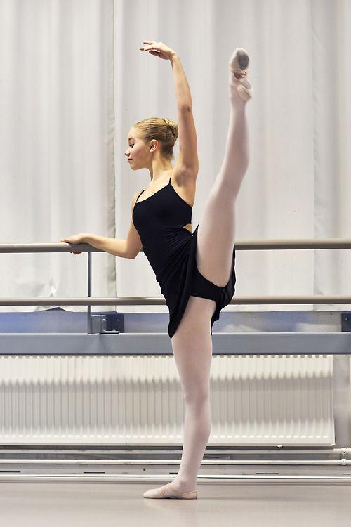 www.theworlddances.com/ #ballet #barre #dance | At the ...