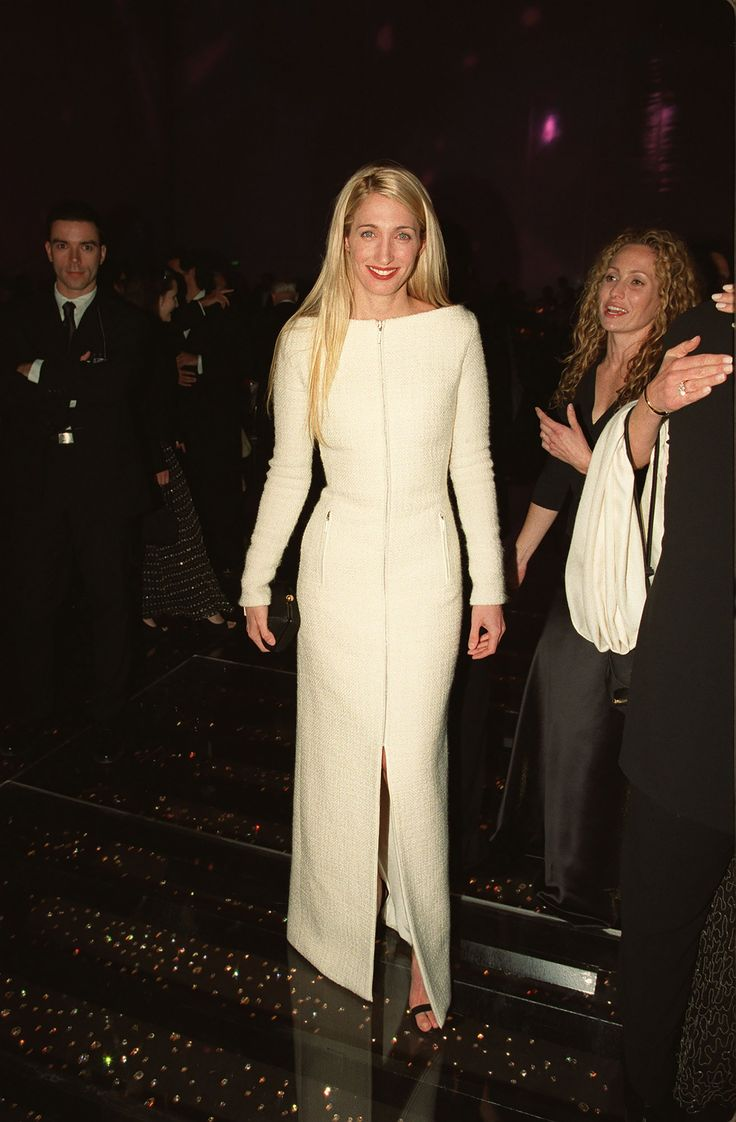 Carolyn Bessettekennedy's Chicest Style Moments