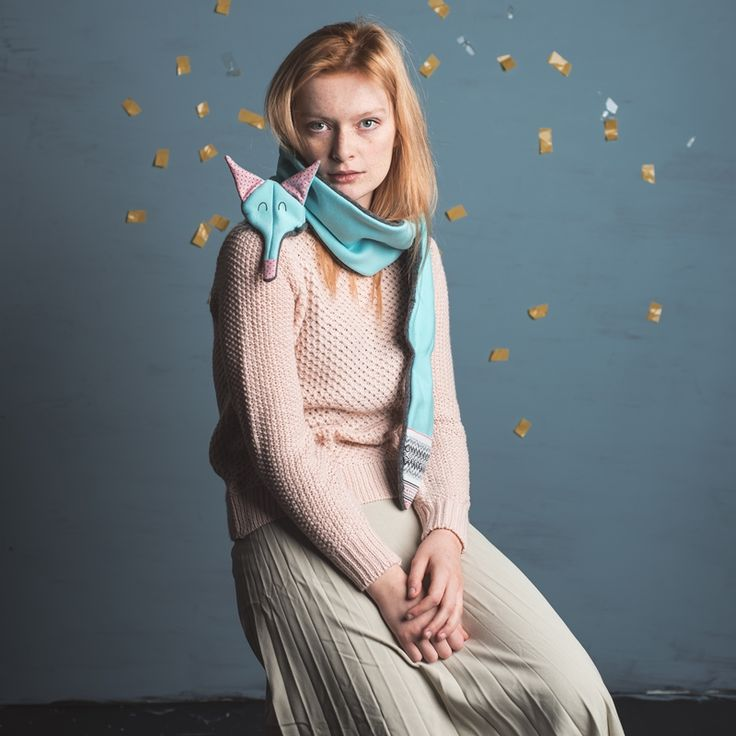 Sklep internetowy Lady Stump | Szalik Lis mięta z różem model