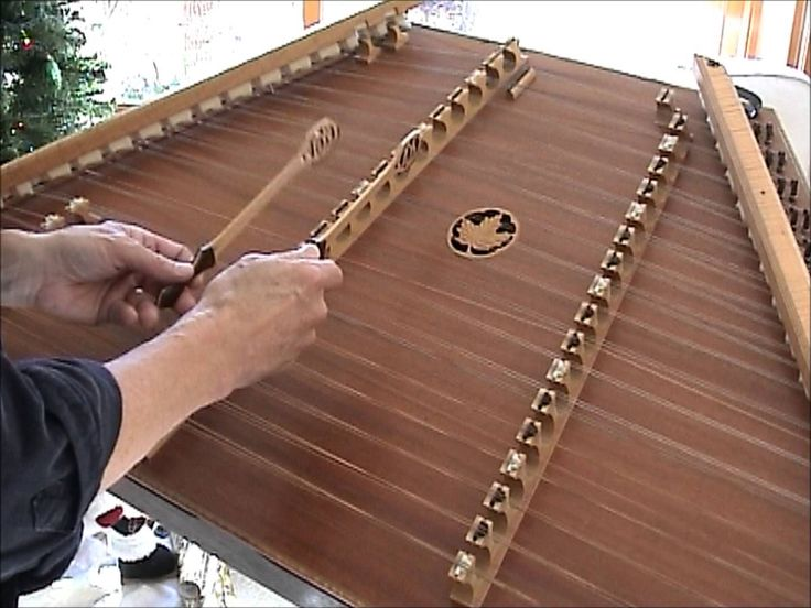 Timothy Seaman teaches Silent Night on the Hammered Dulcimer