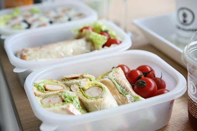 Healthy Packed Lunch Ideas for Kids - http://www.mommytodaymagazine.com/health-welness/healthy-packed-lunch-ideas-for-kids/