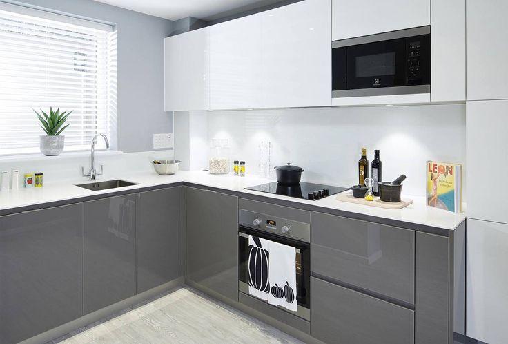 http://www.sunainteriordesign.com/specification/hyde-new-homes-super-b