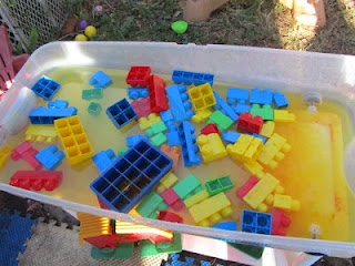 mega blocks in water with yellow food dye in a bin in the backyard: Food Dyes, Food Colors, Backyard Fun, Yellow Food, Peppers Teas, Blocks Activities, Blocks Water, Water Bins, Food Coloring