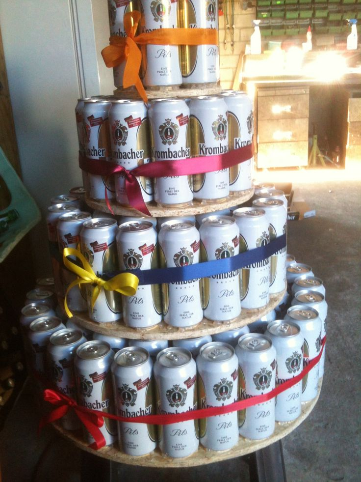 bierdosen torte 5 paletten beer can cake 5 pallets of cans geschenkideen pinterest. Black Bedroom Furniture Sets. Home Design Ideas