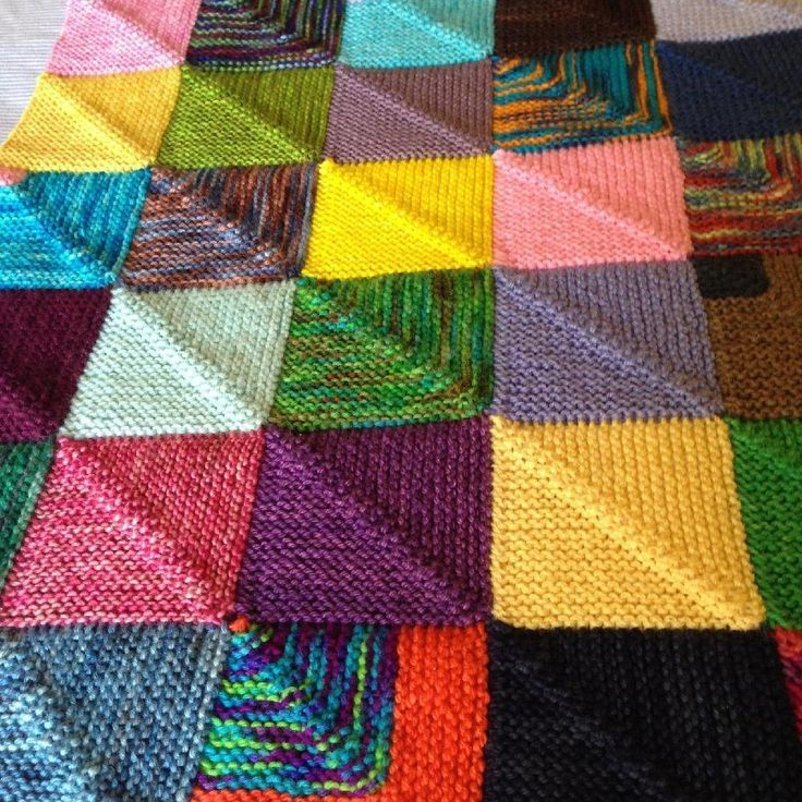 Memory Blanket Knitting Pattern By Georgie Hallam Tikki Strickanleitungen Loveknitting Strickdecke Muster Patchworkdecke Stricken Stricken
