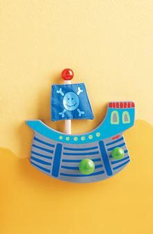 Scopri la nostra #collezione di appendiabiti per la #cameretta del tuo #bambino e gli altri accessori d'arredo per ragazzi!