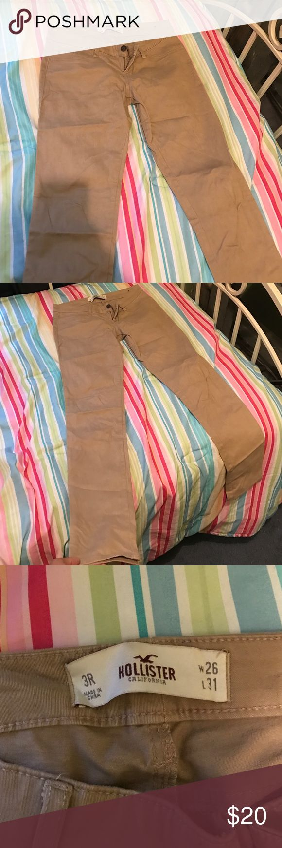 KHAKI SKINNY JEANS HOLLISTER Khaki skinny jeans from hollister NEVER WORN. In great condition Hollister Jeans Skinny